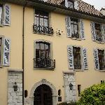 """Das Museum im """"Chateau"""" von aussen"""