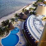 pool area - beach - aerial view