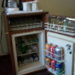 mini bar en la habitacion