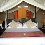 bedroom in ashnil camp