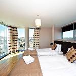 Photo de Staycity Aparthotels Millennium Walk