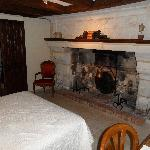 la chambre N°1 avec la cheminee