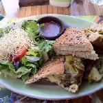 Grilled Chicken Sandwich w/ Mustard