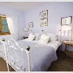 King en-suite beedroom.