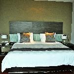 普爾曼古晋酒店