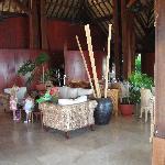 Lounge & restaurant