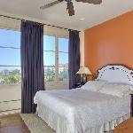 Guest room 302