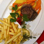 a delicious steak fritte