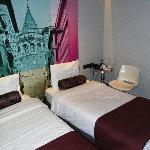 Tulip City Hotel - Twin room