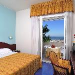 Hotel Vittoria 4 stelle Riccione - suite vista mare