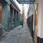 Little pathway through Old Bloomsbury
