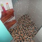 GRANDS salle de bain WC intégré