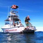 Dive boat Esperanza