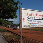 Cafe Puerto resmi