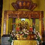 Altar with multi-armed Buddha