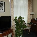TV und schreibecke suite haupthaus