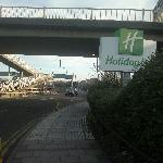 Holiday Inn Brent Cross is  just some half a mile from a large mall, but  the pedestrian walkway