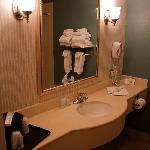 Room 325 Bathroom