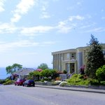 Star of the Sea Bed and Breakfast- Just walking distance to the Beach!