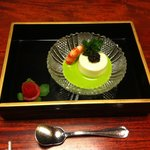 Turnip mousse with prawn, green onion sauce and caviar