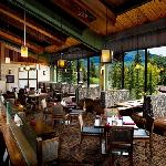 The Chinook Restaurant (Banff Park Lodge)