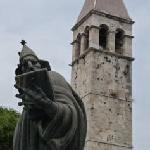 Monumento al Obispo Grgur Nindki