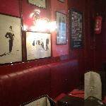 Cartoons an interior walls