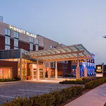 Hyatt Place Long Island/East End Exterior