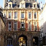 Pabellones hacia Place des Vosges
