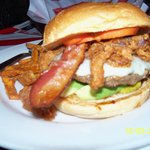 Bacon onionring cheeseburger