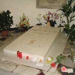la tomba del Beato Giovanni Paolo II
