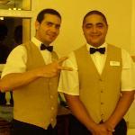 Serveurs au Buffet le soir