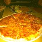 pizza de tomate y queso