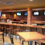 the bar seats 25