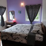 Purple Room (Twin bedded)