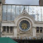 Situé près du restaurant L'Imprimerie à Dijon, il s'agit d'un cinéma