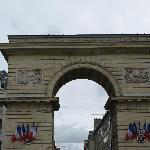 Porte Guillaume de Dijon, près du restaurant l'Imprimerie-panoramio