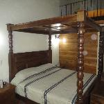 King Size 4 Poster Bed