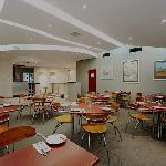 Quality Inn Airport International