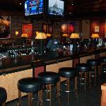 Houlihan's Bar