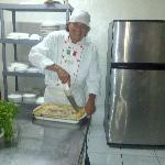 Cocina y Chef de La Dolce Italia (deliciosa lasagna)