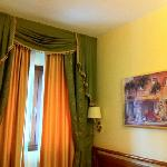 Photo de Hotel Bright