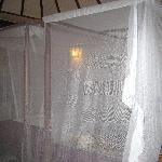 il letto con la zanzariera