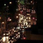 rue pireos dee nuit à coté de l'hotel