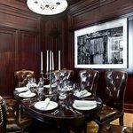 Bolshoi Restaurant - cabinet