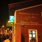 La Roca, Restaurante-Parrilla