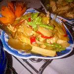 Gai Phad Bai Gra (fried chicken with thai basil and bamboo)