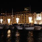 le vieux port illuminé