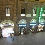 Gelateria across the street - Delizioso