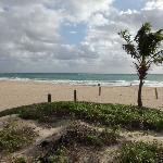 Strand, wirklich nur ein paar Meter zu Fuß